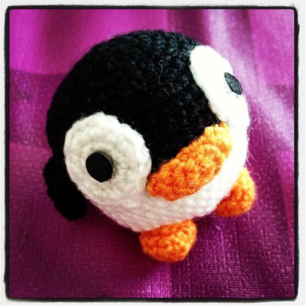 Llavero Pingüino Amigurumi